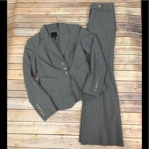 The Limited pinstripe gray suit blazer jacket sz 6